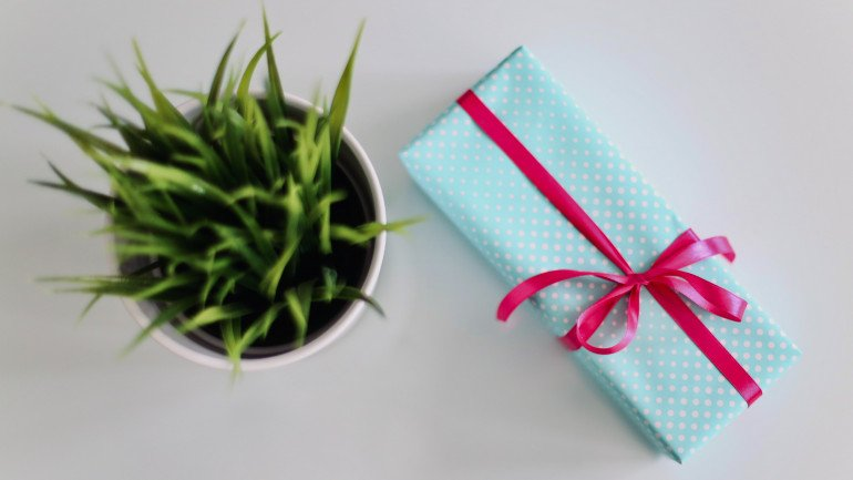 How to use raffles and giveaways to grow your business
